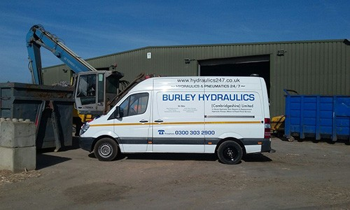 24 Hour On-Site Hydraulic Hose Repair