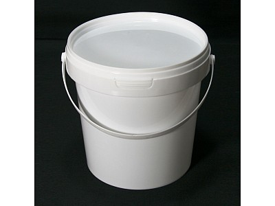 Airtight Catering Buckets & Plastic Jerrycans